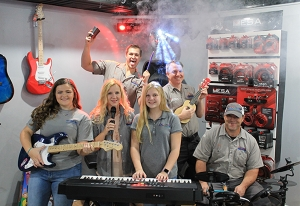 November Issue Feature: Real World Retail - Car-Tunes Inc. in Greenville, Miss